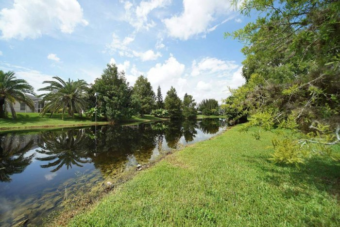 Villa Rose Garden lake - Cape Coral Vacation Rental