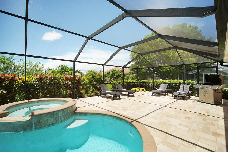 Villa Blue Horizon outside lounge area - Cape Coral Vacation Rental