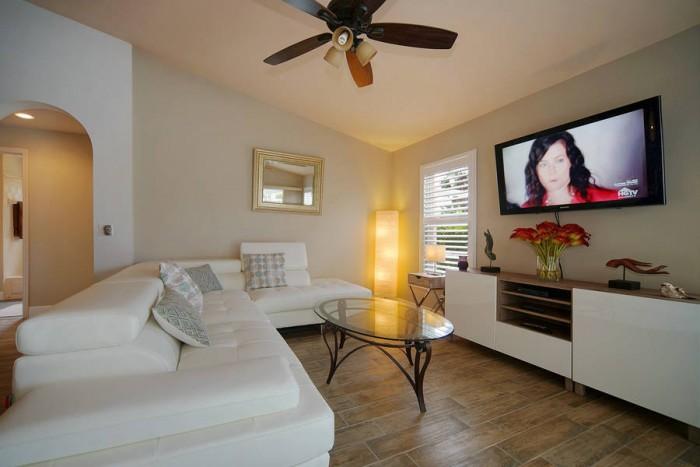 Villa Rose Garden living room - Cape Coral Vacation Rental