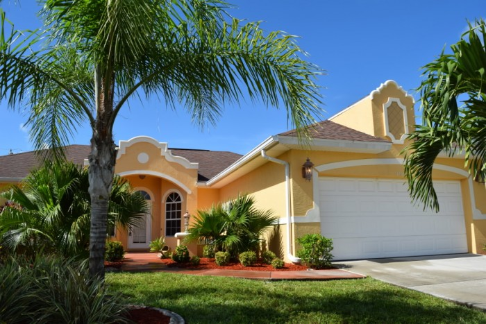 Villa Sunshine front elevation - Cape Coral Vacation Rental