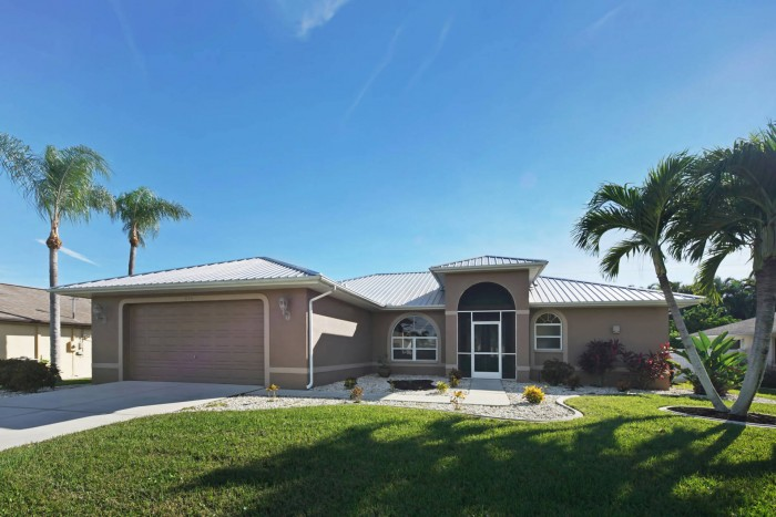 Villa Nova Front Elevation View Cape Coral